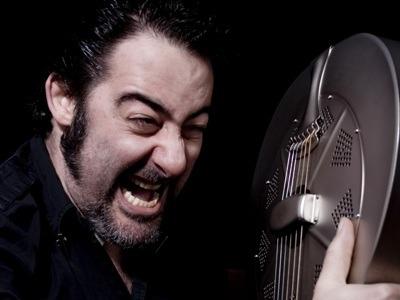 Dave Arcari und die Etikettierung von Bluesprodukten