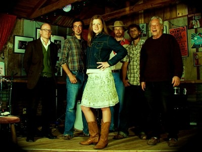 Kelley and The Cowboys veröffentlichen Debütalbum