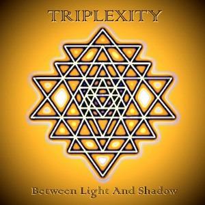 Triplexity oder die Einsamkeit des Trios im Cyberspace