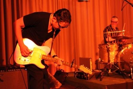 Tanz den Einheits-Blues – Tony Vega Band in Grimmen