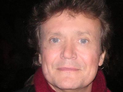 Jochen Kowalski verjazzt Barock im Kaisersaal