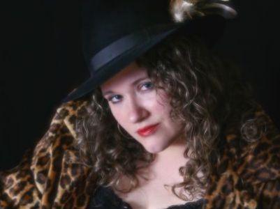 Julie Black – Zwischen Bluesclub und Leinwand