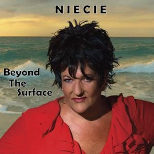 Niecie – Beyond The Surface